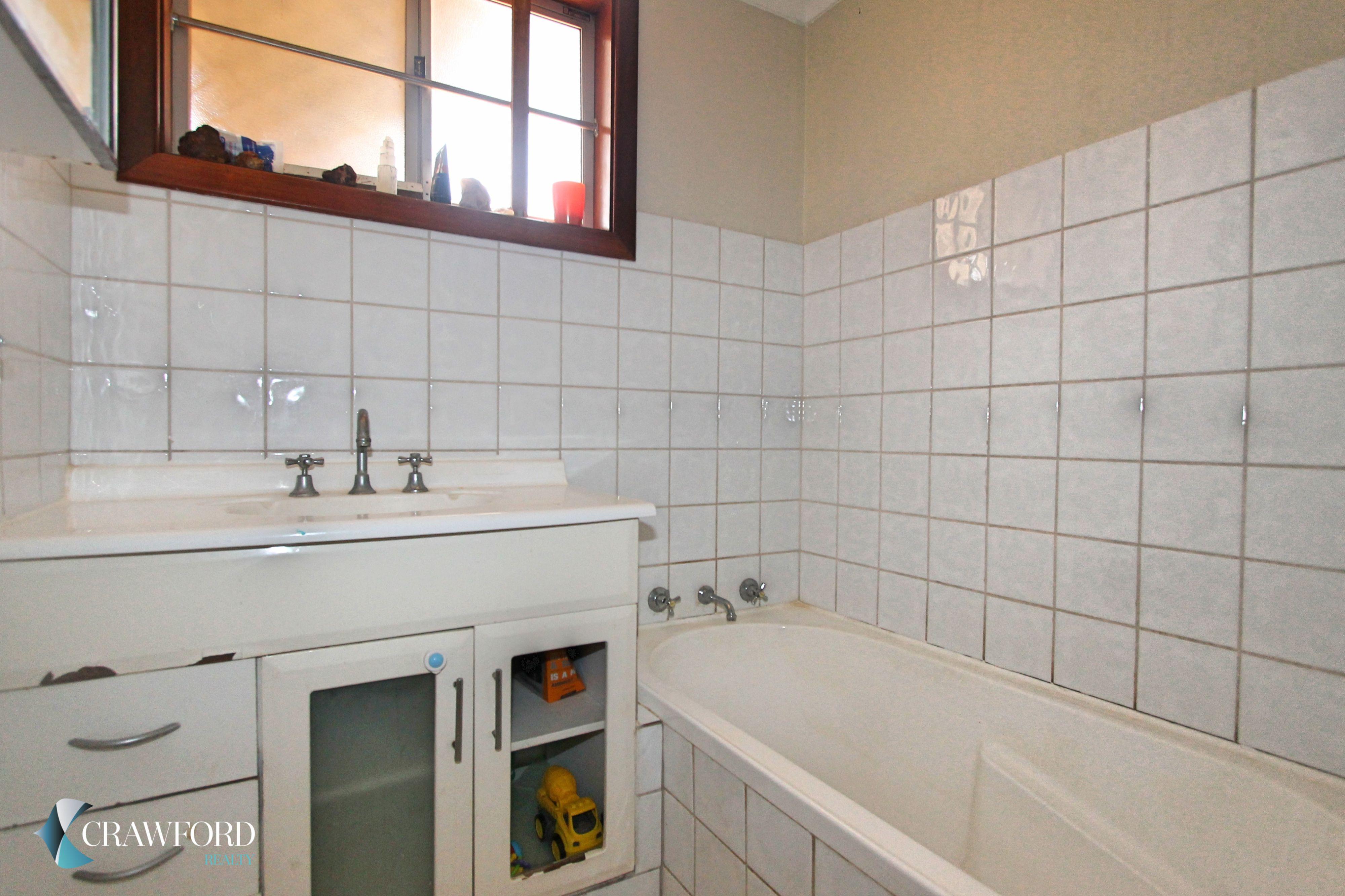 Bathroom-1-_3104750811_20190211060552_original